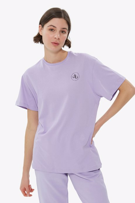 Picture of Lila Front Printed Crew Neck Basic T-shirt