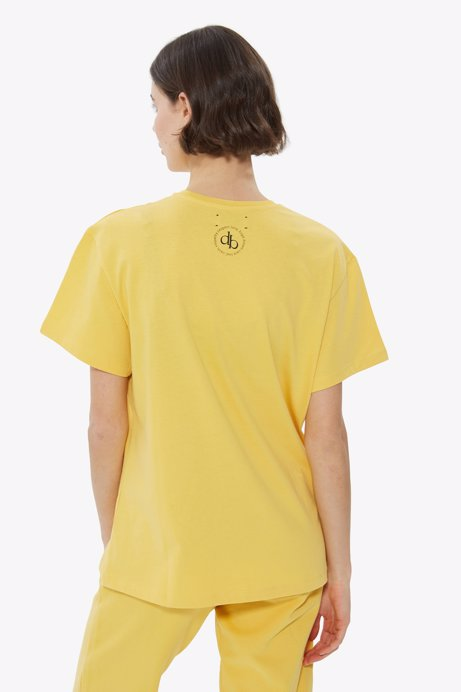 Picture of Yellow Back Printed Crew Neck Basic T-shirt